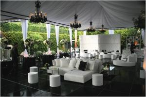 Wedding-lounge-style-seating